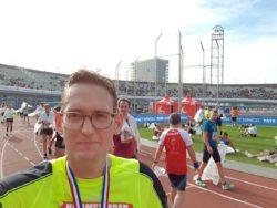Ik ben heel erg tevreden met mijn tijd, maar ook met de manier waarop ik heb kunnen genieten van de marathon van start tot finish. En dit was nooit gelukt zonder Sportrusten en trainen met een hartslagmeter.