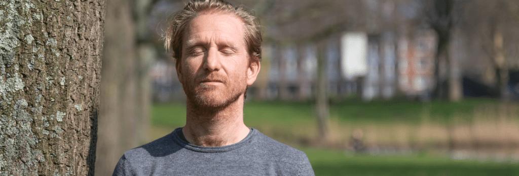 Erik Scherder: waarom mediteren, bewegen en muziek luisteren zo goed is