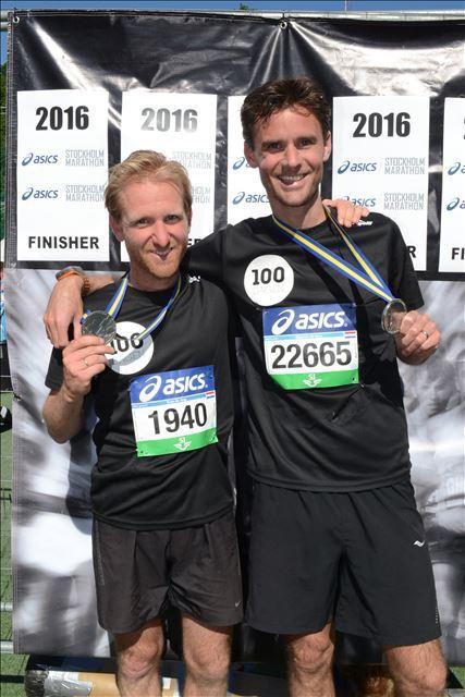 Koen en Maarten na de marathon