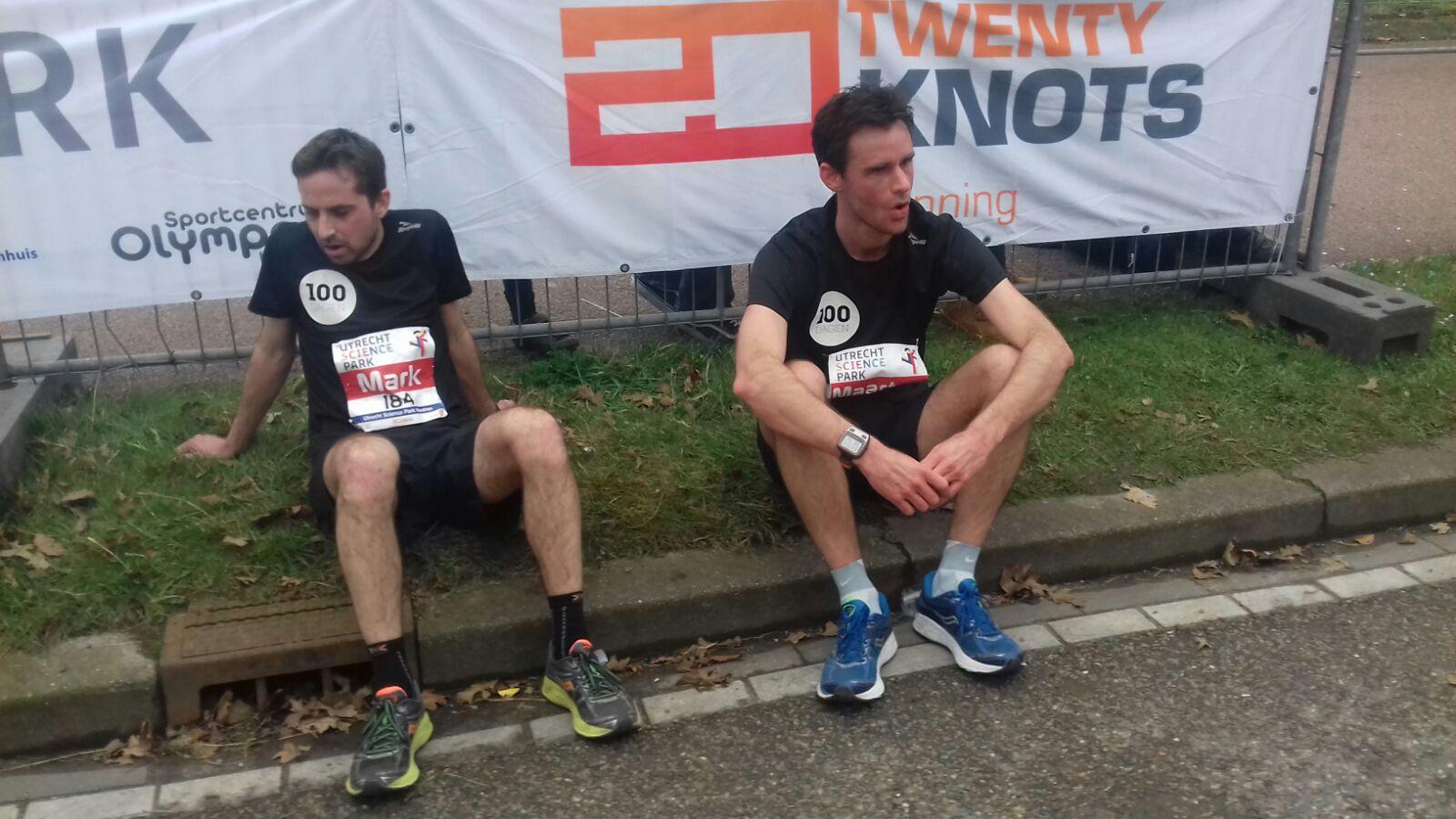 Maarten en Mark na Utrecht Marathon 2017