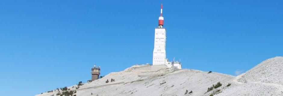 Waarom je een held bent als je met een buikje de Mont Ventoux opfietst